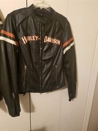 Ladies  Harley  leather jacket,  size  Med.  Like new