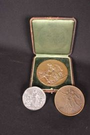 3 medallions