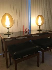 MID CENTURY TULIP EGG DESK LAMPS BY STEMLITE, TABLE AND STOOLS