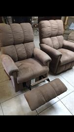 Pair of La Z Boy Rocker Recliners in taupe. Like new condition from some free pet free home. No stains tears or signs of wear. Selling as pair only. AVAILABLE FOR IMMEDIATE PURCHASE due to space constraints. Text (225)252-1282.