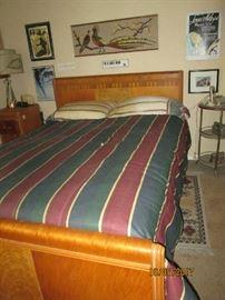 MID-CENTURY DECO STYLE BEDROOM