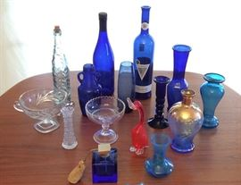 JYR001 Collection of Collectible Glass Items - Blues, Flowers & More