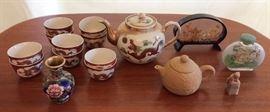 JYR002 Elegant Oriental Décor - Teapot Set, Snuff Bottle & More