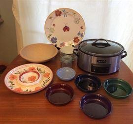 JYR007 The Entertaining Lot - Bowls, Plates, Crock Pot