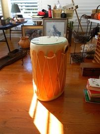 neat Drum Table