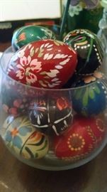 HAND-PAINTED WOODEN EGGS ...MADE IN POLAND