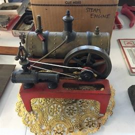 VINTAGE TOY STEAM ENGINE By Weeden Manufacturing Company, Mass., c. 1925. Rare horizontal steam engine, only a few models made!