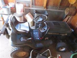 """Craftsman 15HP 42"""" Deck Lawn Tractor"""