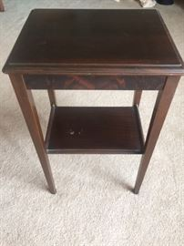 Side table, mahogany.