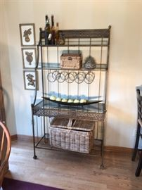 Iron kitchen baker's rack and accessories