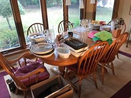 Solid oak 6-chairs and table