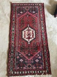 4'x2' vintage middle eastern area rug