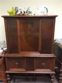 Mahogany China Hutch