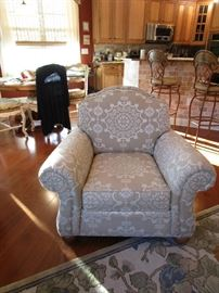 ETHAN ALLEN CLUB CHAIR