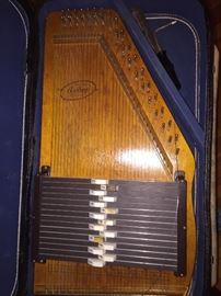 Vintage autoharp