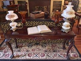 Henredon sofa table