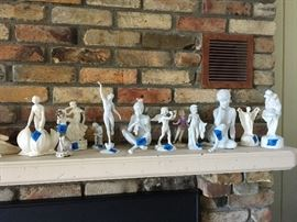nude figurines