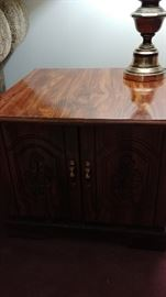 Matching end Table to Coffee Table