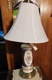French Provincial Porcelain Lamp