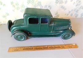"""18"""" Vintage Metal Car"""