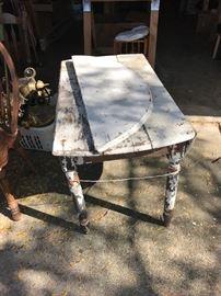 primitive table needs TLC