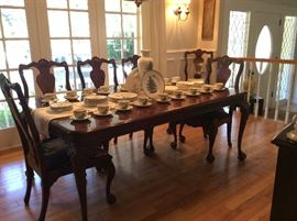 THE BEST Bernhardt Chippendale Dining Table and chairs with matching China Cabinet and Buffet