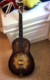 Vintage NATIONAL TRIOLIAN guitar