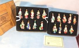 "Thomas Pacconi Santas of the World Ornaments, set  of 18, blown glass and hand painted.  2002  collection, comes with certificate of  authenticity. Size:  3.5"" H"