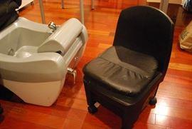 Pedicure chairs with attached sinks. Pedicurist rolling chairs.