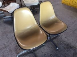 Pair Eames shell chairs