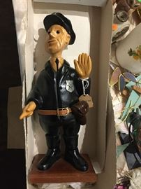 Romer wood policeman - in original box