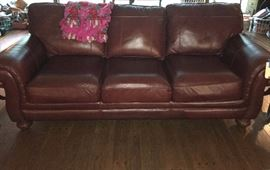 This leather sofa is in absolutely excellent, like-new condition, one of the best preserved we've seen. It's also extremely comfortable.