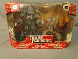 2 Transformers Decepticon Figurines
