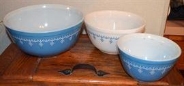 Pyrex Blue Garland Mixing Bowls