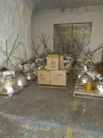 Metal Halide Light fixtures, bulbs, and hardware. (qty 44)