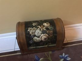 Miniature hand painted trunk