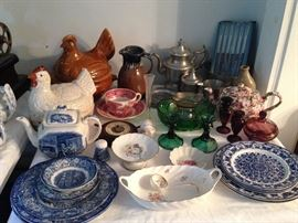 Liberty Blue, Rooster, Hen, Pewter, Blue / White Plates