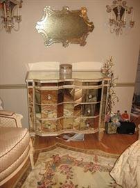 Seven Seas by Hooker Furniture 3-Drawer Mirrored Dresser/chest