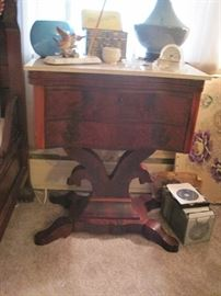 antique stand