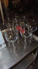 8 Diva wine glasses in box