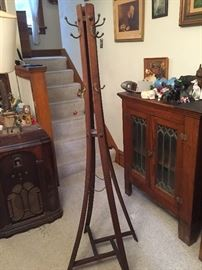 Antique coat/hat rack!