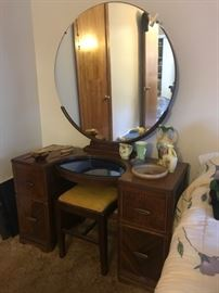 Art Deco Mirrored Vanity/Dressing Table