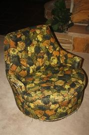 J.L. CHASE CHAIR