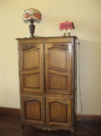 Antique Storage Cabinet/ Lots of Beautiful Lamps...