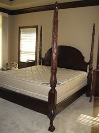 Elegant Hand Carved 4 Poster Claw Footed King Sized Bed with Serta Mattress and Box Springs