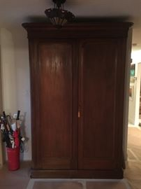 armoire foyer