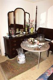 Dresser with mirror, bedroom suite, glassware, clock, vase