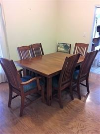 Wood Table, 2 Leaves & 6 Chairs