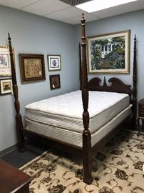 Mahogany Queen Four-Poster Rice Bed - Headboard, Foot Board, Side Boards and Slats w/ Complimentary Queen Size Mattresses