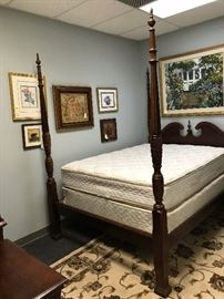 Mahogany Queen Four-Poster Rice Bed - Headboard, Foot Board, Side Boards and Slats w/ Complimentary Queen Size Mattresses - Foot Board Detail